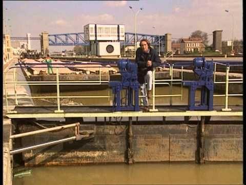 ▶ C'est pas sorcier - La vie d'un fleuve - YouTube