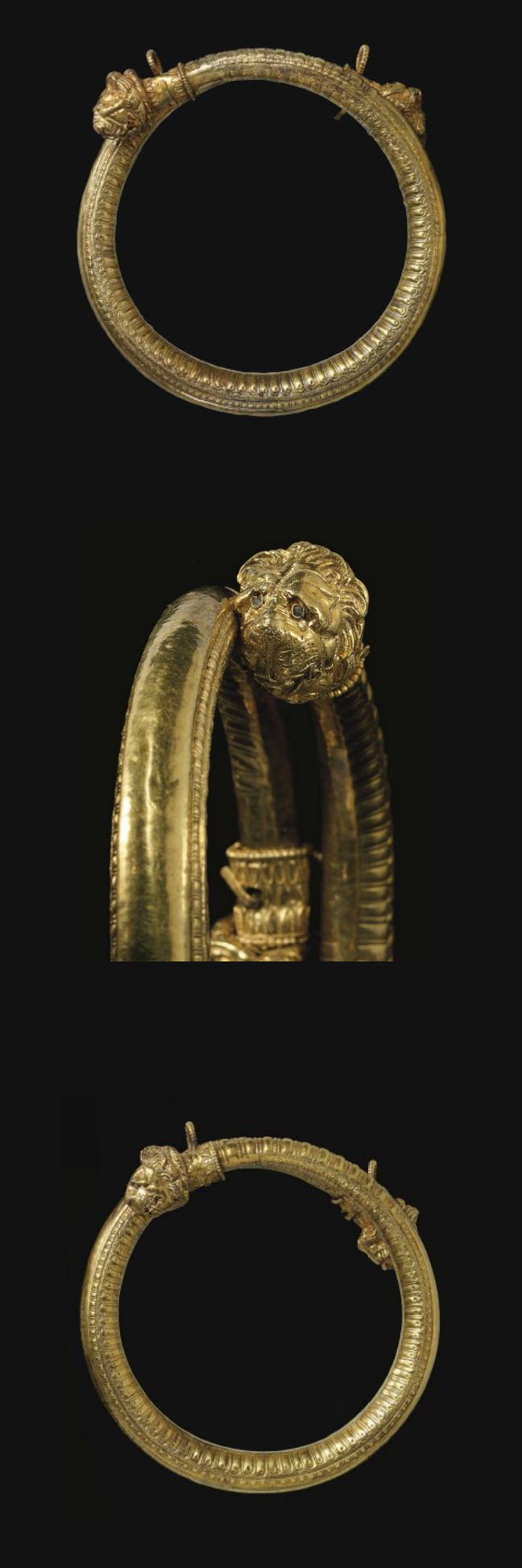 A PAIR OF GREEK GOLD BRACELETS   HELLENISTIC PERIOD, CIRCA LATE 4TH-EARLY 3RD CENTURY B.C.