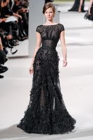 chic-dress-black-model-ruffles