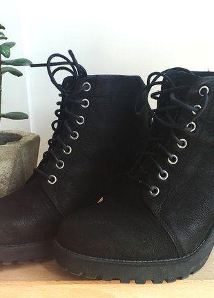 Kup mój przedmiot na #vintedpl http://www.vinted.pl/damskie-obuwie/botki/17520717-sznurowane-botki-vagabond-grace-lace-up-nubuk-ankle-boots-skora-naturalna