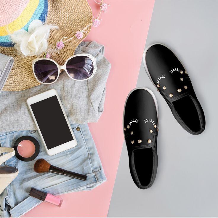 Lo bueno de este jueves, es que mañana es viernes!!!😁💖/the good of this thursday, is that tomorrow is friday !!! ❤️ #smile #fashionblogger #moda  #cute #verite #love #lifestyle #mexico #style #comfort #trend #sneakerlover #shoes #shoelover #bedifferent #lovemycity #seunica 
