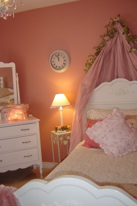 Where the fairytale never ends notice the time on for 9x11 room design