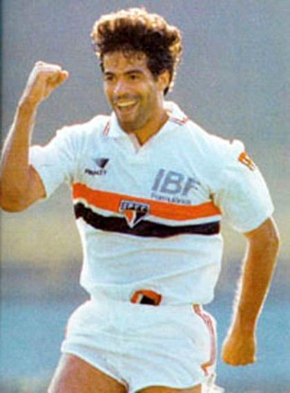 Raí, The King of Morumbi   395 jogos, 128 Gols   Títulos: Paulista (89, 91, 92, 98 e 00); Brasileiro (91); Libertadores da América (92 e 93); Mundial Interclubes (92)