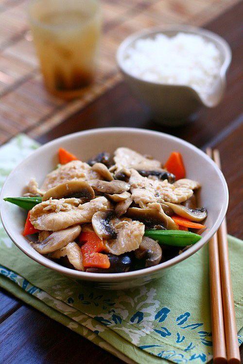 Moo Goo Gai Pan - ones of my favorites