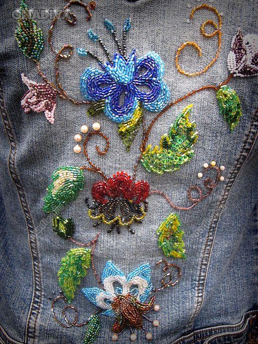 Джинсовая куртка с вышивкой бисером / Вышивка бисером на куртке / Вышивка бисером на одежде и украшение одежды бисером, дизайн одежды