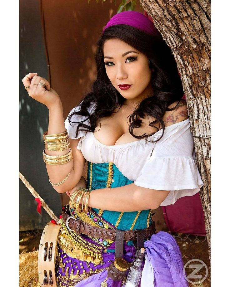 """Now, let's see. One, two, three, four, five, six, seven, eight, nine, ten of you, and one of me..…"" 