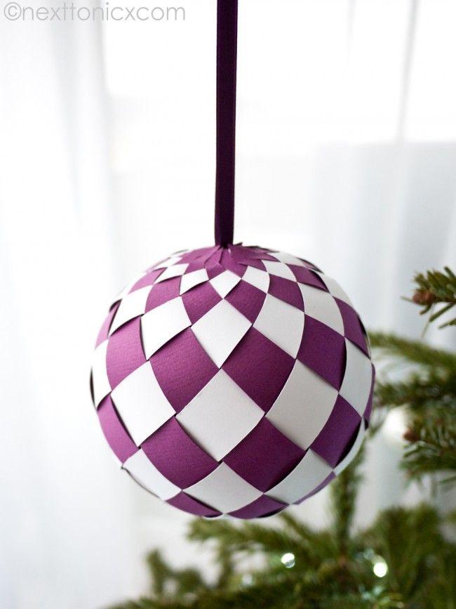 DIY: woven paper baubles