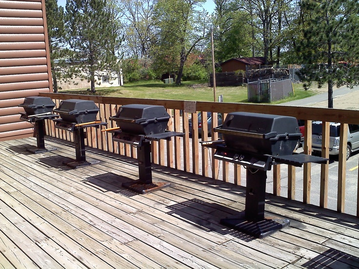 Breezy Point Timeshare Resort facilities - (Highland Village) BBQ deck outside - 2011