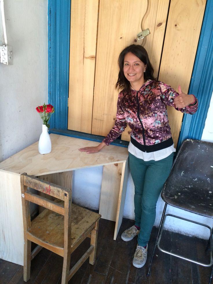 Denisse sigue avanzando en sus clases de carpintería y cada vez los desafíos son mayores! Felicidades Denisse!!