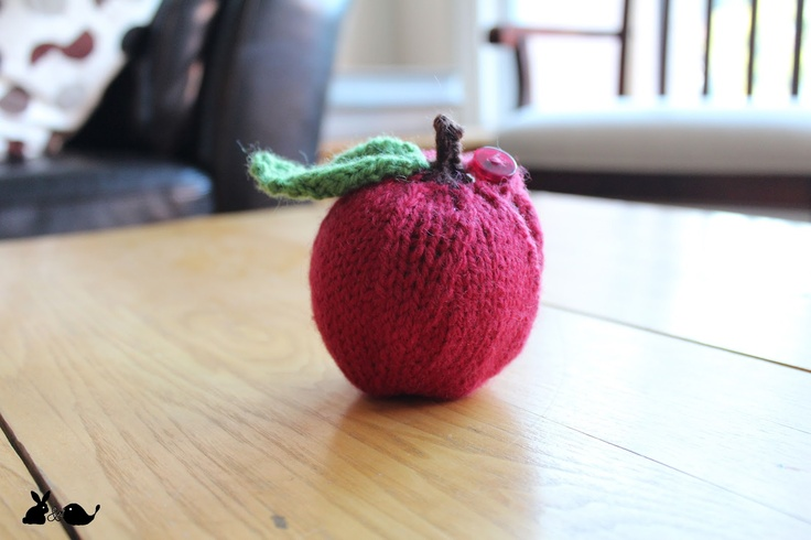 lapin & oiseau - apple cozy for the teacher