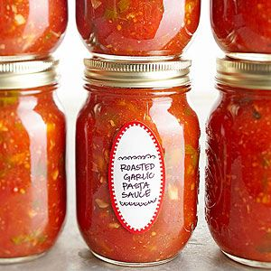 Use your extra garden tomatoes for this delicious Roasted Garlic Tomato Sauce . Via BHG
