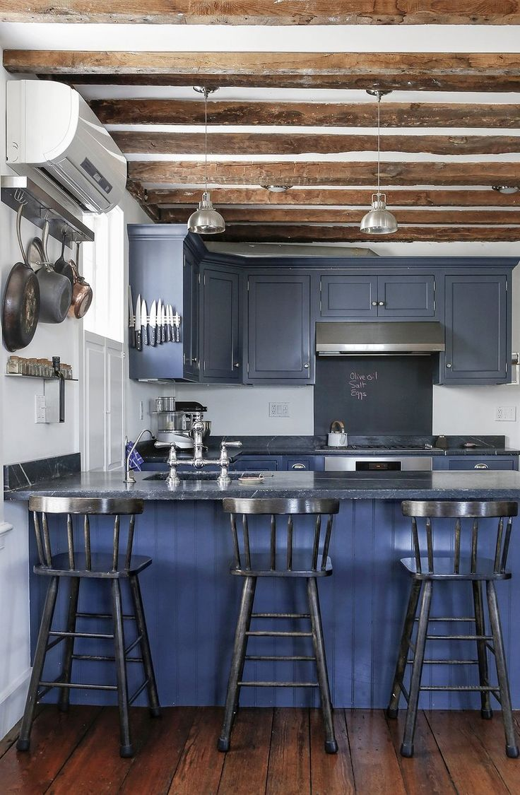 blue colonial kitchen
