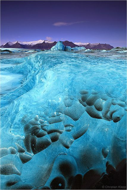 icebergs on the glacier lagoon Jökulsárlón in Iceland