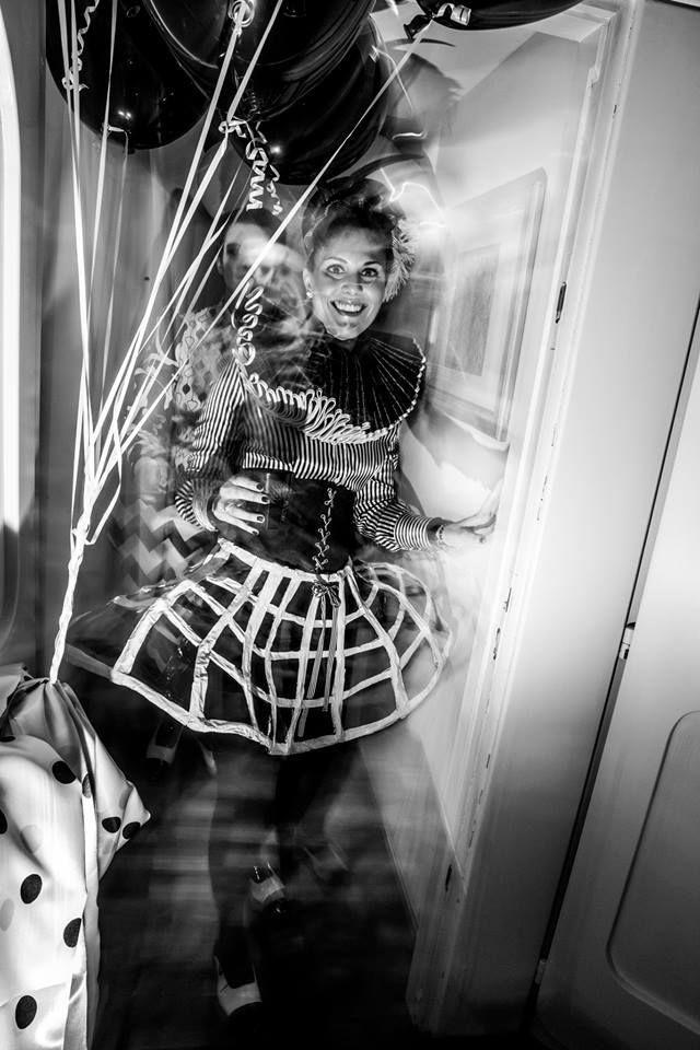 OPTICAL BLACK&WHITE Style By ArtEcò Creazioni di Annalisa Benedetti for Carnival Party di Filippo Moggia e Elisa Moggia #artecocreazioni #annalisabenedetti #optical #style #blackwhite #carnival #fantasy #opticalstyle #circus Photo Salvatore Matarazzo