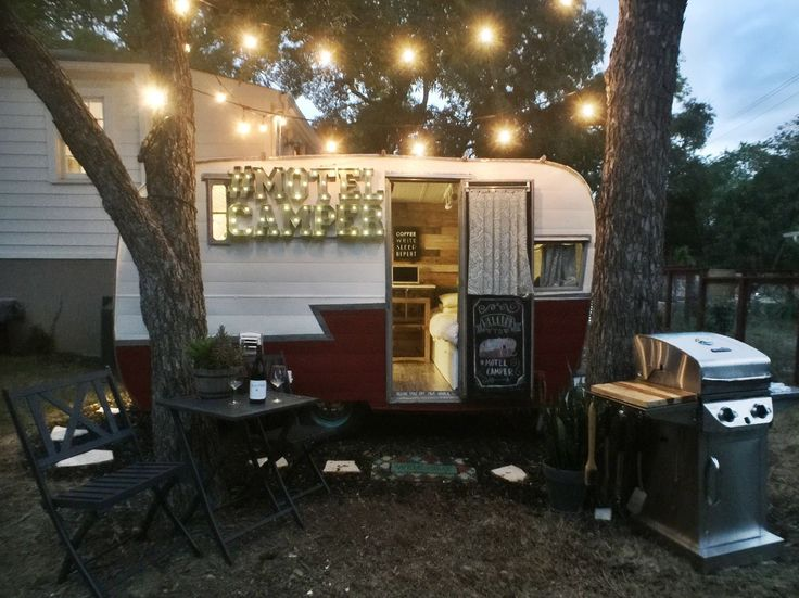 This Retro Rustic Camper Just Might Be The Cutest Motel In Texas