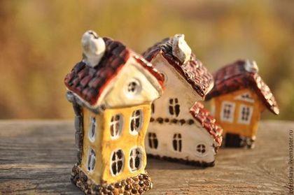 Домики - коричневый,дом,домик,миниатюра,скульптура,скульптура миниатюра