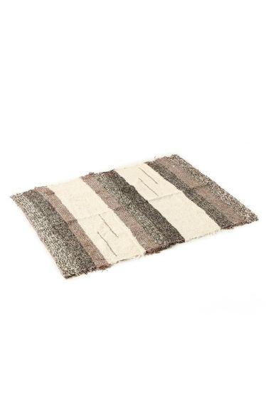 journal standard FurnitureのJARAPA(ハラパ)ラグマット ANDINA120*160BROWNを通販するなら ファッション通販 スタイルクルーズ(Style Cruise) 。12世紀からスペイン・ムルシア地方に伝わる伝統的な織物「JARAPA(ハラパ)」<br />服を作る際に出るハギレを素材として再利用した地球に優しいエコなラグです。<br />同じ色の製品が無く全て特別な1点モノです。<br /><br />スペインならではの情熱的な色使いで、敷くだけで部屋のアクセントになります。<br />様々な生地が混ざっているため、長く見ていても飽きず、また部屋のカラーコーディネートにも調和しやすいデザインです。<br /><br />リビングやダイニングにぴったりなサイズです。<br /><br />