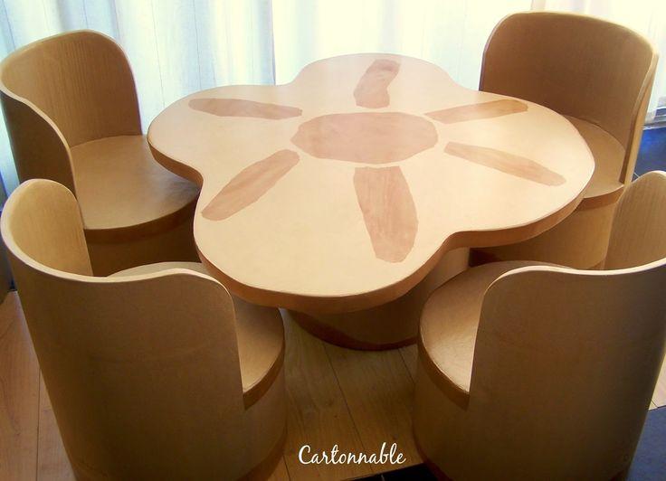 MULTI ARTIS: Ensemble Table Et Chaises En Carton
