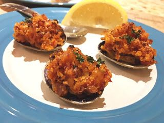 Club Foody Recipes and Videos: Clams Casino