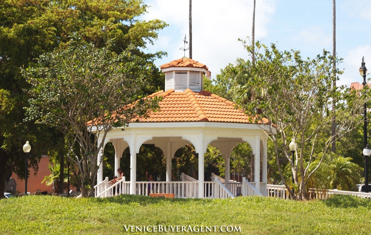 Venice Gazebo, Centennial Park, Downtown Venice, Florida - Venice Florida Real Estate