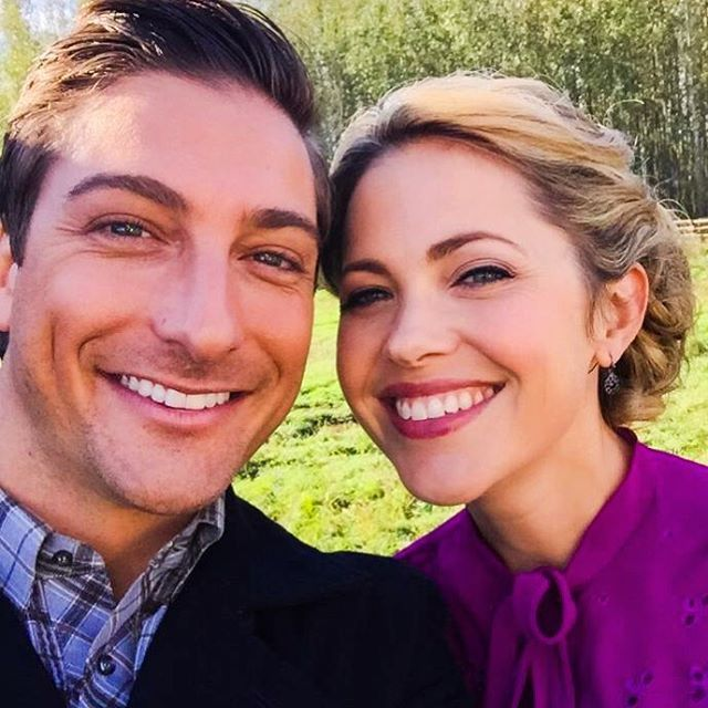 Daniel Lissing and Pascale Hutton