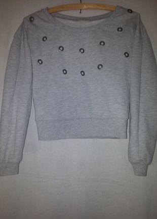 Kup mój przedmiot na #vintedpl http://www.vinted.pl/damska-odziez/bluzy/12304837-szara-z-okraglymi-dziurkami