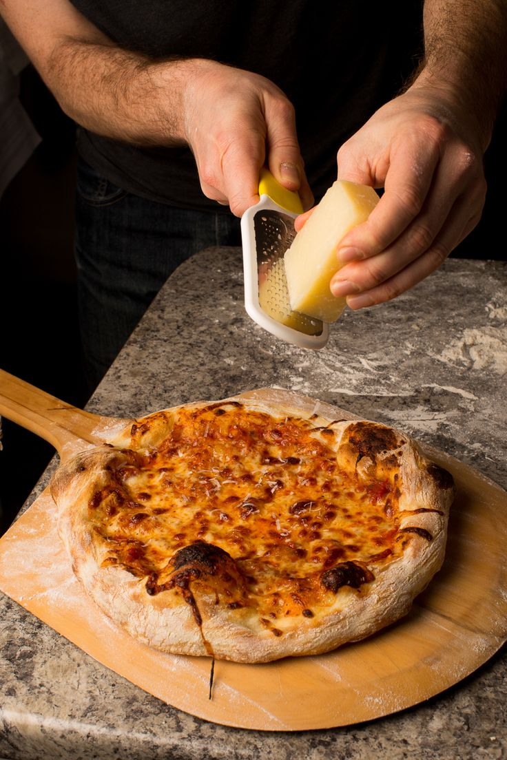 THE BEST PIZZA YOU'LL EVER MAKE: ARTISAN PERFECTION IN YOUR HOME OVEN