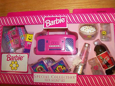 barbie special collection teen scene set c 98 with lava lamp