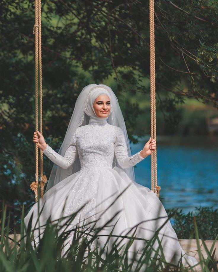 Güzel gelinim @hayalevimphotography  @eliifmolla  #gelinbasi #gelinsaci #gelin #gelinlik #tesettür #türban #hijab #hijabstyle #hijabfashion #style #fashion #weddingday #wedding #hijabstyleicon#muslim#muslimah#hijaber#kuafor #makyaj #makeup #mua #f4f #tagsforlike #like #l4l#istanbul #beylikdüzü #bridal#hijabers#dilamed