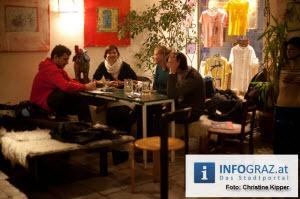 """Fotos vom Grazer Auftakt der Veranstaltungsreihe """"missing link"""" am Tag der Menschenrechte,"""