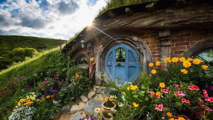 Hobbiton Movie Set - sth of Auckland at Matamata