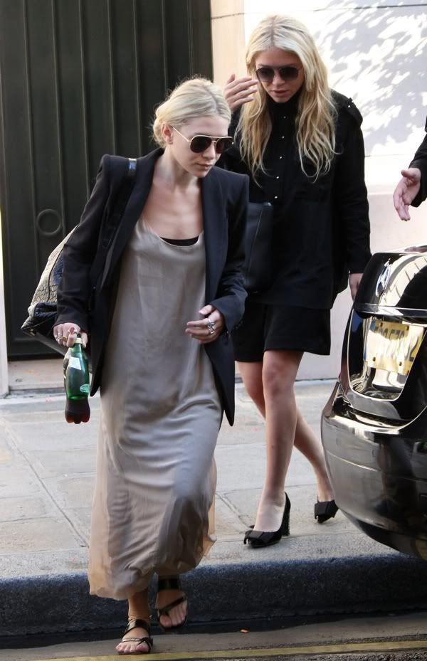 Mary-Kate & Ashley Olsen leaving their hotel in Paris.