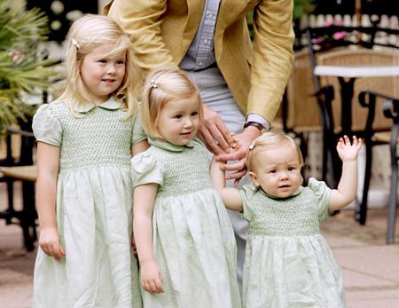 3 little princesses of Prince Willem-Alexander & Princess Maxima of the Netherlands: Catharina-Amalia, Ariane & Alexia