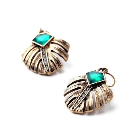 Elegance and Ancient Style Beautiful Drop Earrings