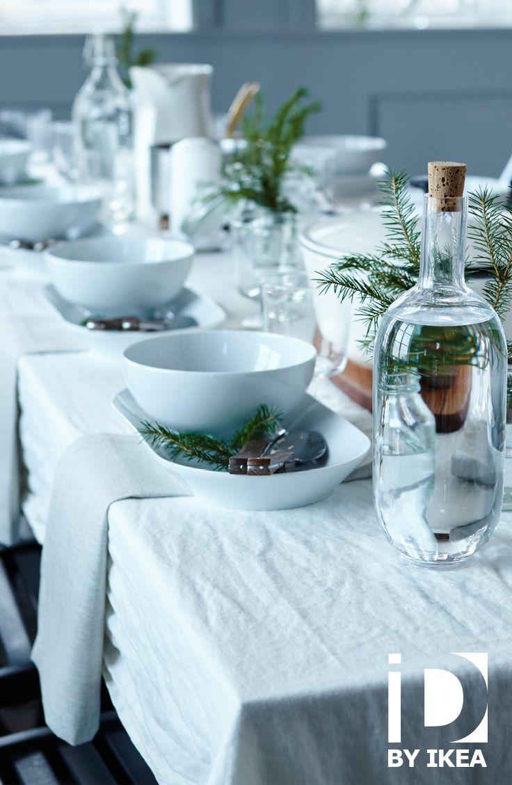 Een natuurlijke, eenvoudige feesttafel kan ook indruk maken op je gasten. SINNERLIG fles #IKEABE #IKEAidee #aantafel