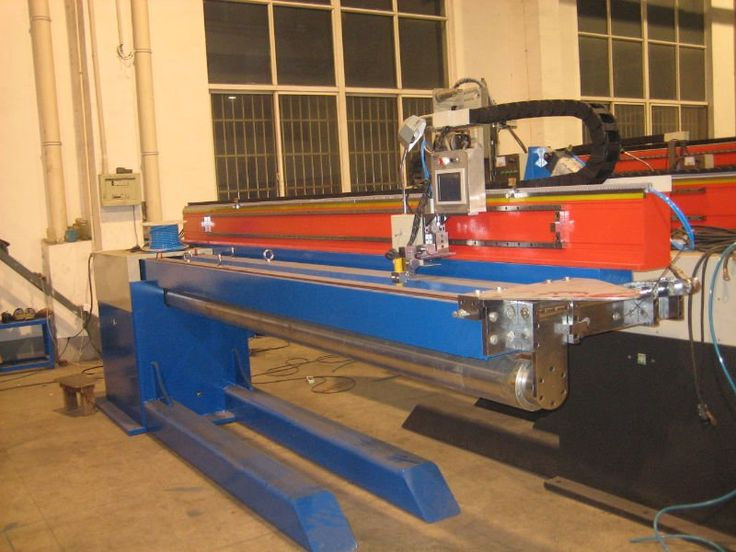 This kind of #longitudinal #seam #welding #machine is used for small to large-scale longitudinal, straight seam, linear seam welding...http://goo.gl/z3Gdhw