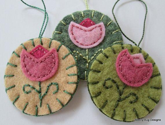 Wool Felt Flowers Set of 3 Wool Felt Ornaments by WoollyBugDesigns