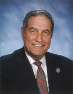 Alabama University Football Head Coach (1990-1996) - Gene Clifton Stallings Jr. - Born in Paris, Lamar County, Texas
