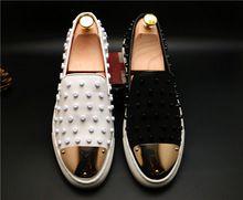 2016 Lederen Mannen Schoenen Klinknagels Mocassins Instappers Spiked Casual Flats Schoenen Cool Metalen Decoratie rijden schoenen voor mannen(China (Mainland))