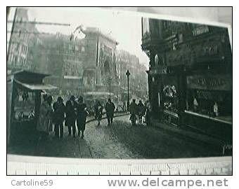 FRANCE  Paris Porte St Denis: boulangerie, brioches du soleil, rue de la Lune, animée / édit d'art Yvon VB1933 BV24629