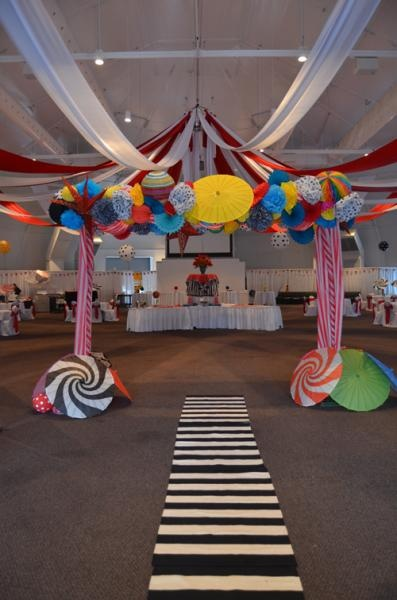 The Big Top at the WV Weddings Extravaganza. Loved our archway!