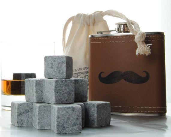 Набор с охлаждающими камнями для виски/Polar Stones Whiskey on the Go Whiskey Rock and Flask Kit - Moustache Flask