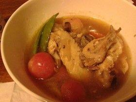 野菜たっぷり鶏の手羽先スープ