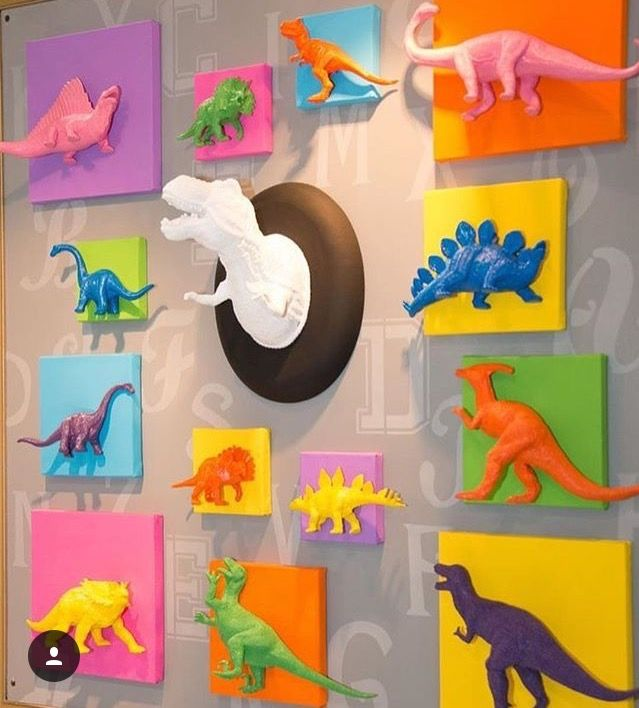 Cool wall art idea for a girl's or boy's r…