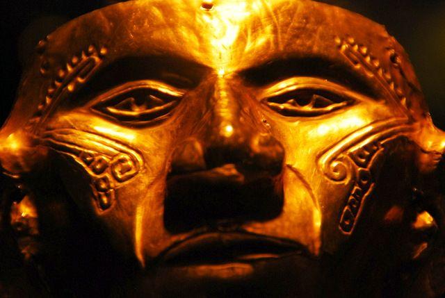 Day 161:  The ancient face of Tierradentro, Museo del Oro, Bogota (Colombia)