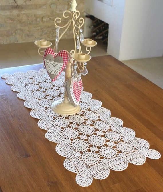 French Vintage Crocheted Table Runner by Chezpetitpica