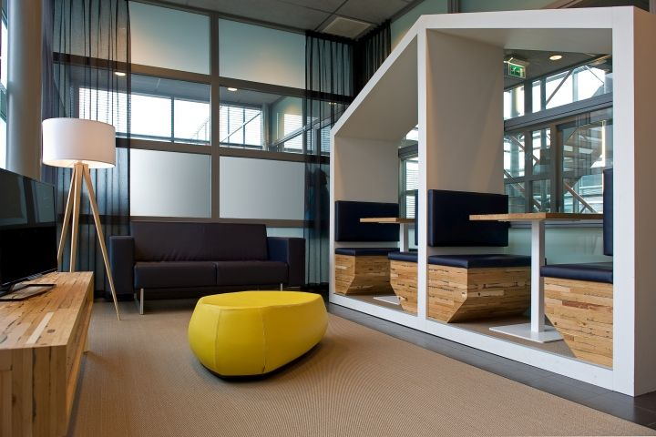 Cool offices: Spaarne Hospital waiting rooms by All-In Living in Hoofddorp, Netherlands