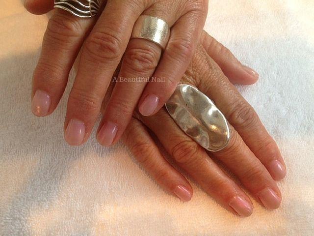 Gellak zacht roze. #Gellak #Nagels #Nails