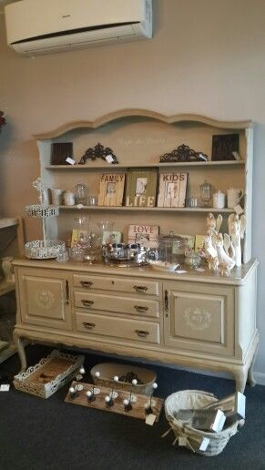 Annie Sloan Chalk Paint, Country Grey.