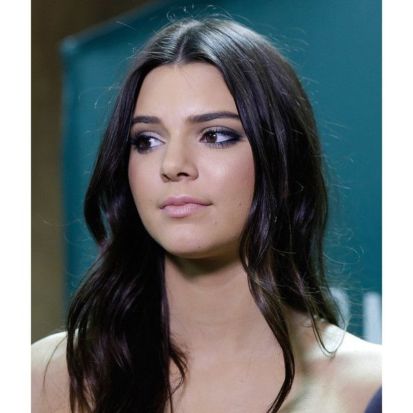 Kendall Jenner's 12 Best Makeup Looks ❤ liked on Polyvore featuring beauty products and makeup